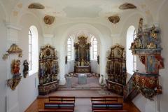Kirche St.Kilian Übersicht Innenraum/Kanzel und Chor