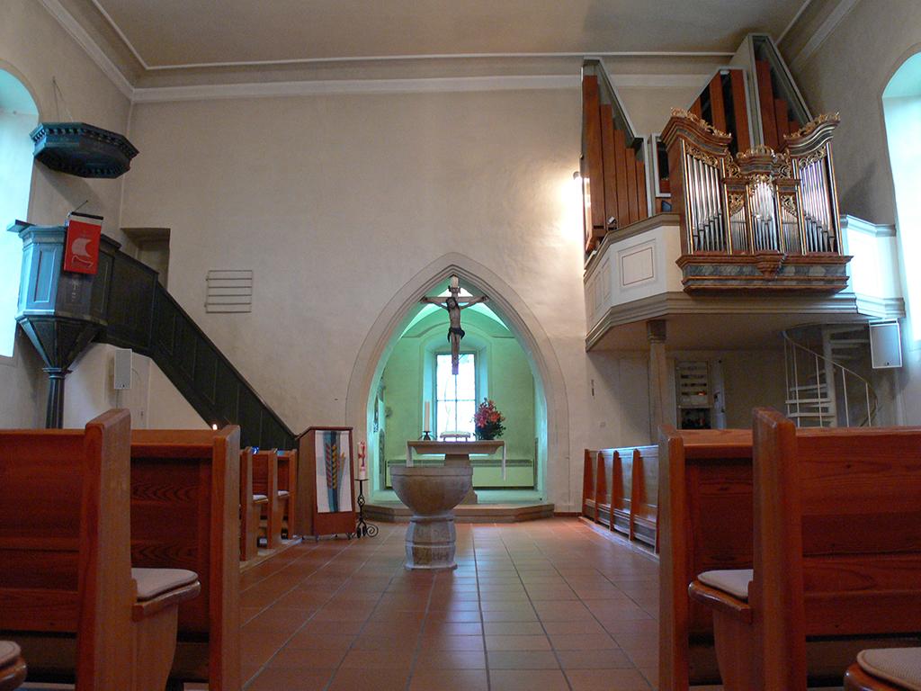 Kirche Horkheim, Übersicht Altarraum vor Sanierung