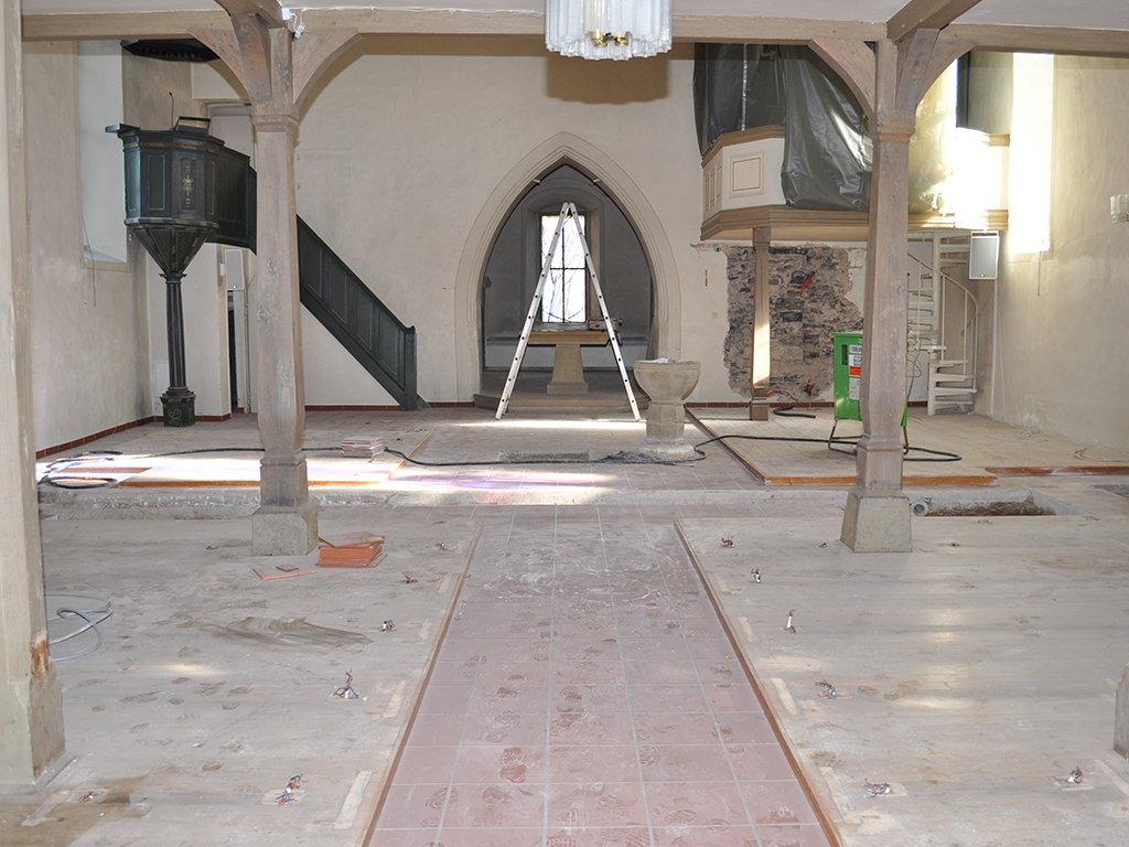 Kirche Horkheim, Übersicht Innenraum bei Sarnierung