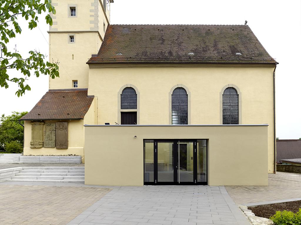 Außenaufnahme Kirche Kochersteinsfeld, Detail Anbau parallel