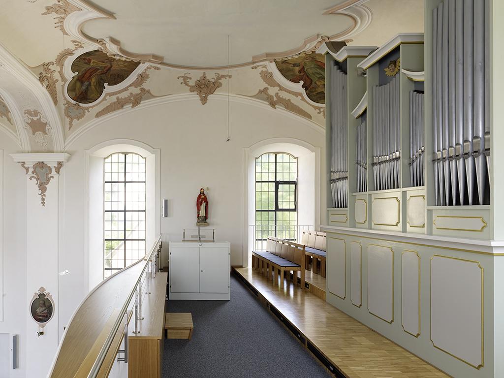 Kirche St.Remigius Detail Orgelempore nach der Sanierung 2010
